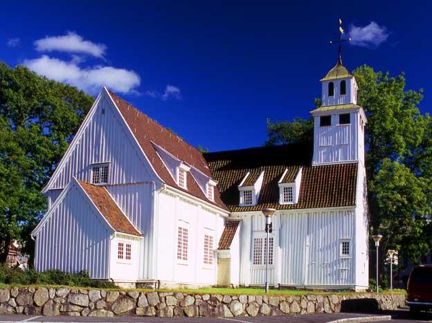 http://www.touristphoto.no/images/Rogaland%202004/egersund%20kirke.jpg