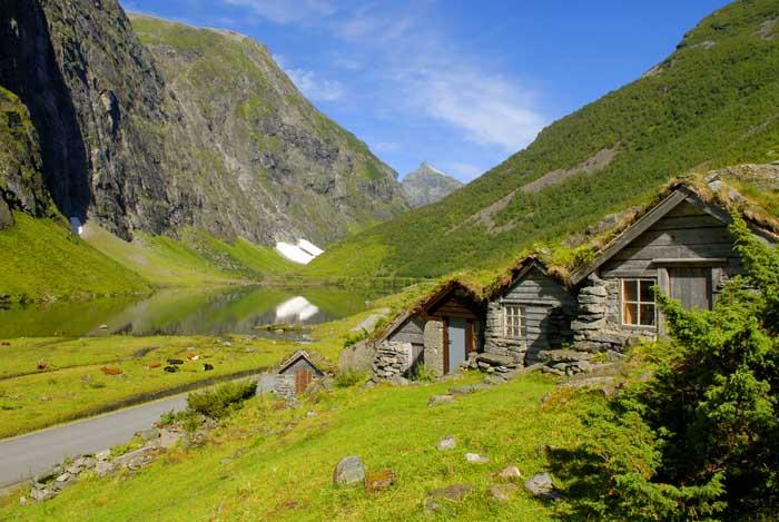 http://www.touristphoto.no/images/sunnmore/sunnmore%202010-/norangsdalen_stavbergseter5.jpg